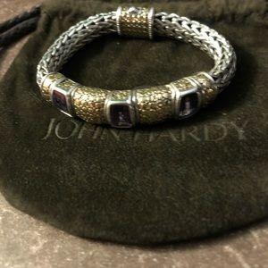 LN John Hardy 10.5mm 18K and 925 silver bracelet.